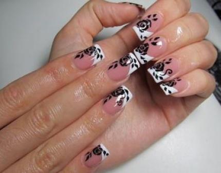 наращивание ногтей фото френч белый с рисунком