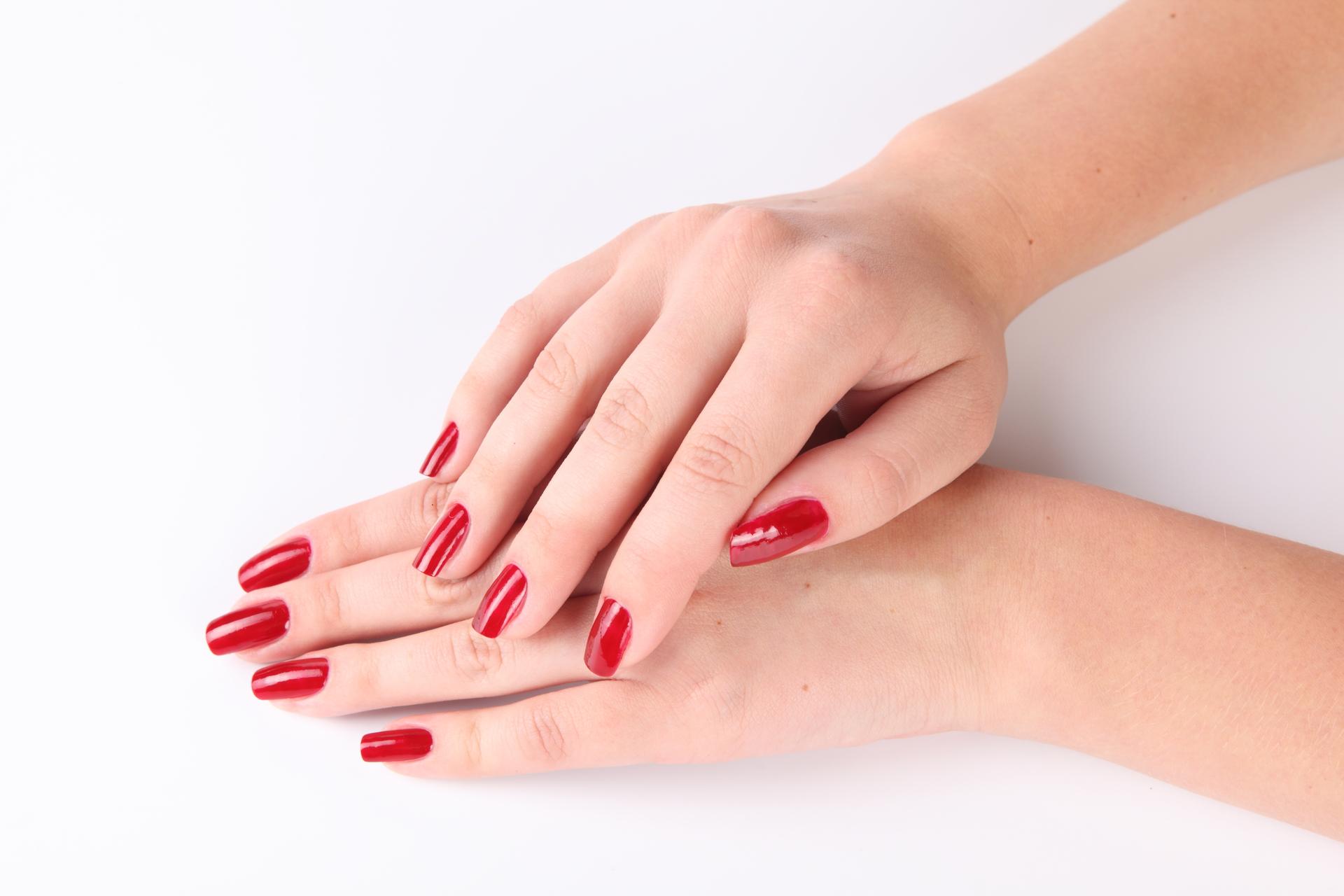 Руки ногти маникюр