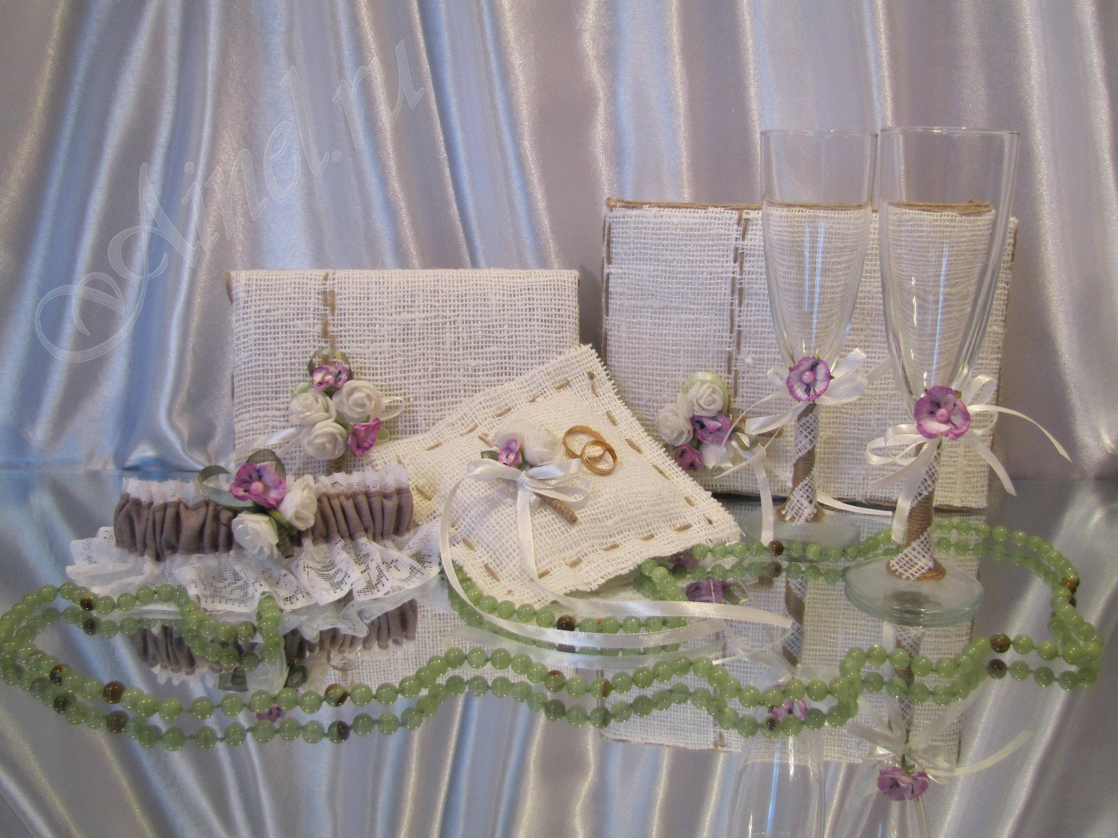 «Ainel» создает и с радостью Вам предлагает эксклюзивные свадебные аксессуары ручной работы в Санкт-Петербурге такие как: подвязки для