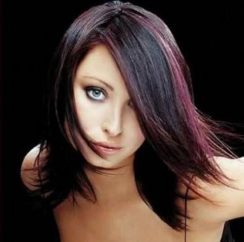 ...образ, оживить основной цвет волос, зрительно добавить объем прическе.