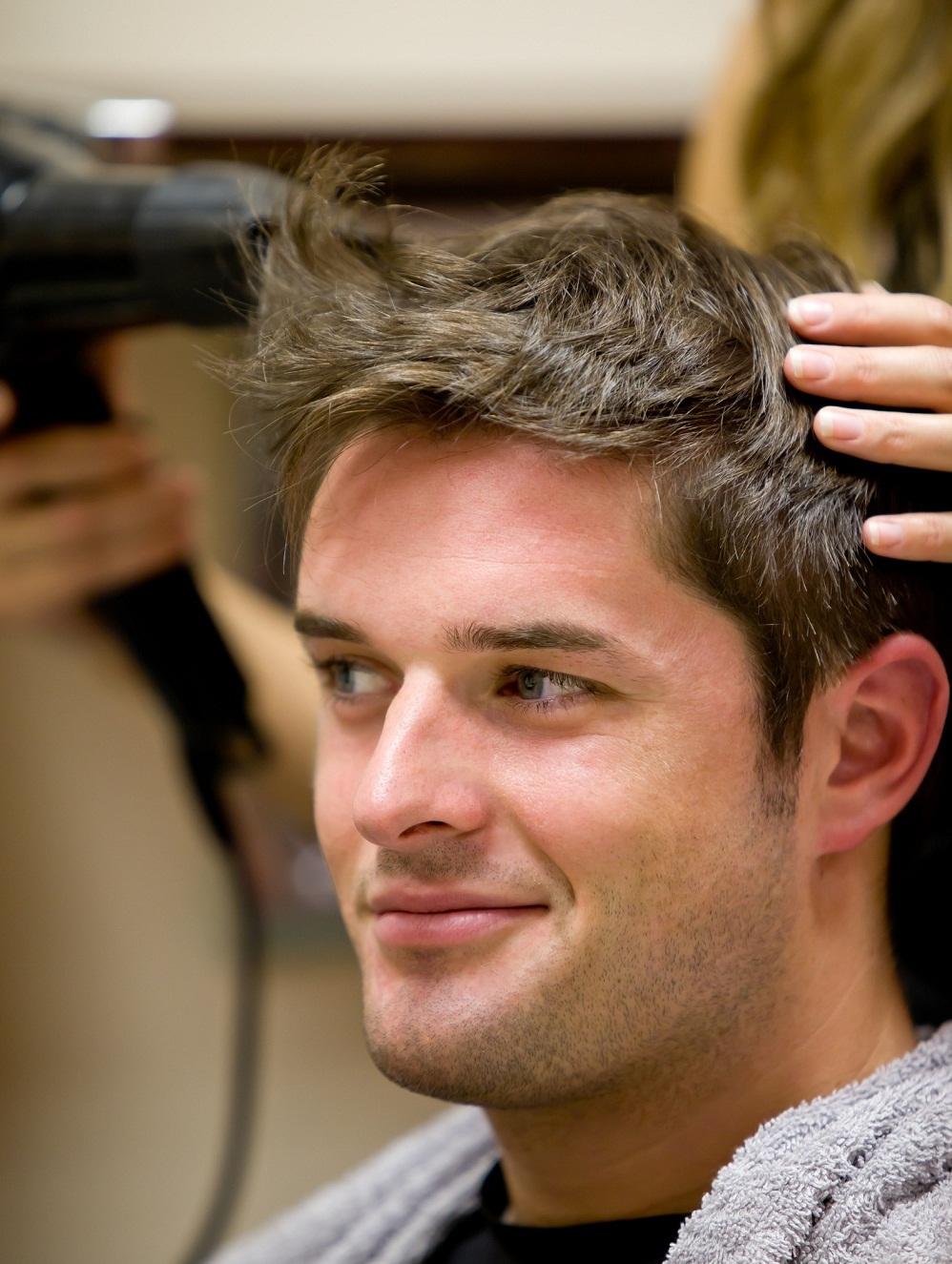 Прически для сухих волос для мужчин