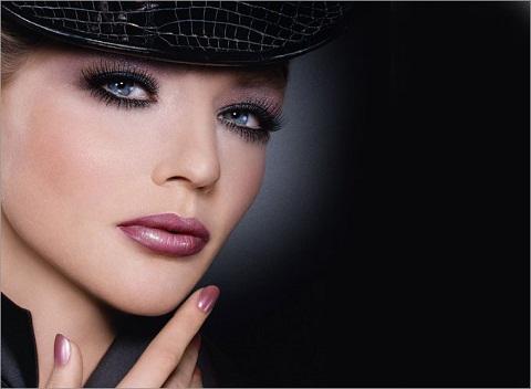 Модный тренд в макияже: холодные оттенки.