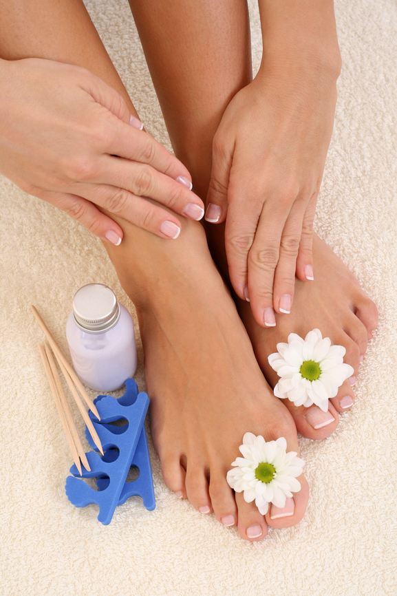 PEDICURE IMAGES.