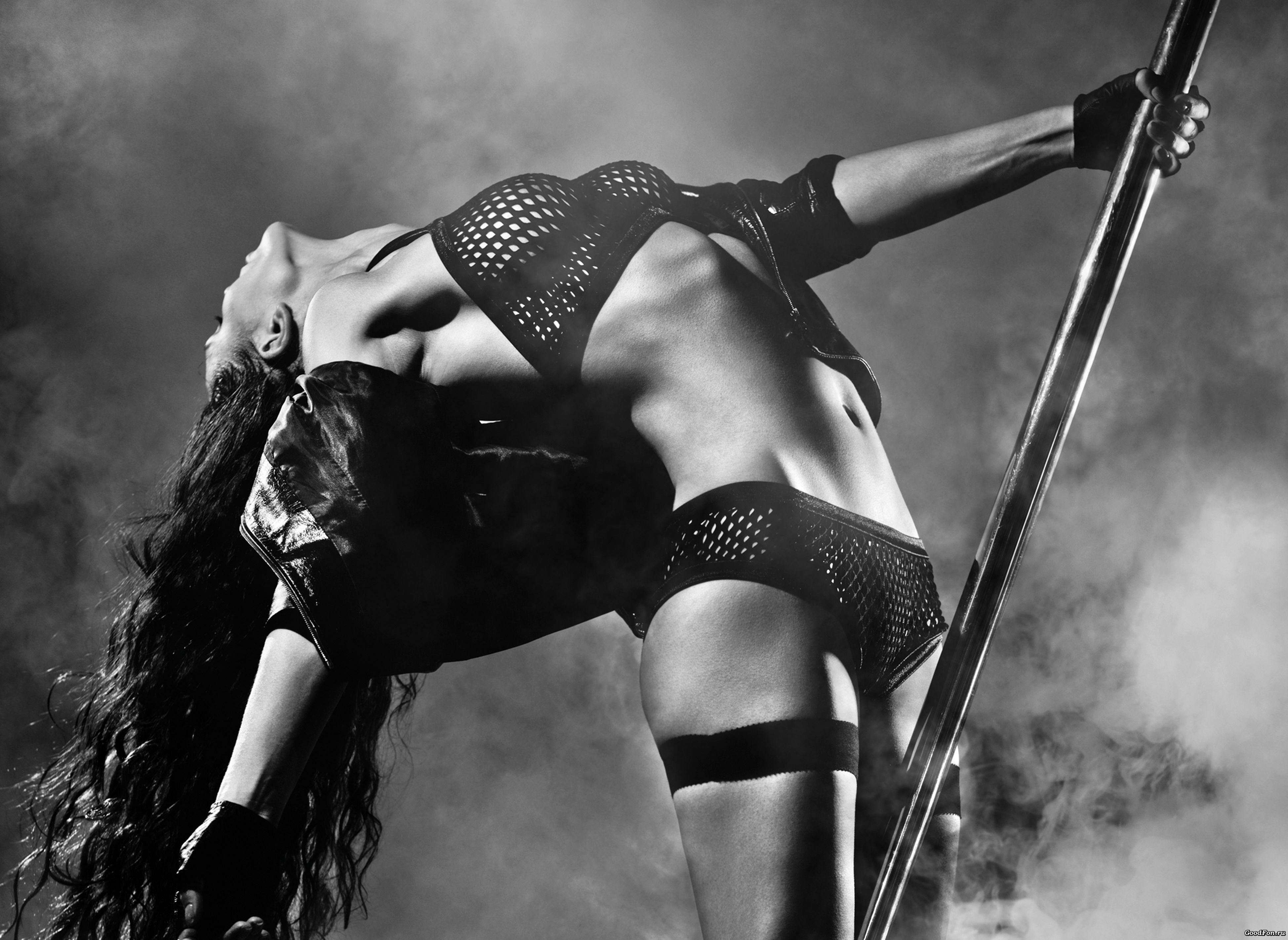 Эротического танцы девушка 9 фотография