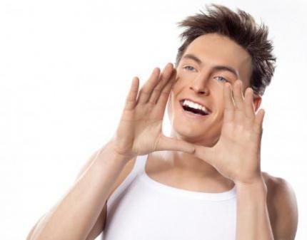 Зубная паста отбеливает зубы или нет