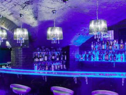 Скидка 50% на все алкогольное меню в Баре ЛЁД! 2 любых коктейля по цене одного!