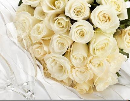 Розы и букет из орхидей со скидкой 50